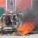 Incendio distrugge Smart in via Poggio, a Bacoli
