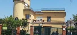 Droga nel giardino a Bacoli, arrestato un bacolese.