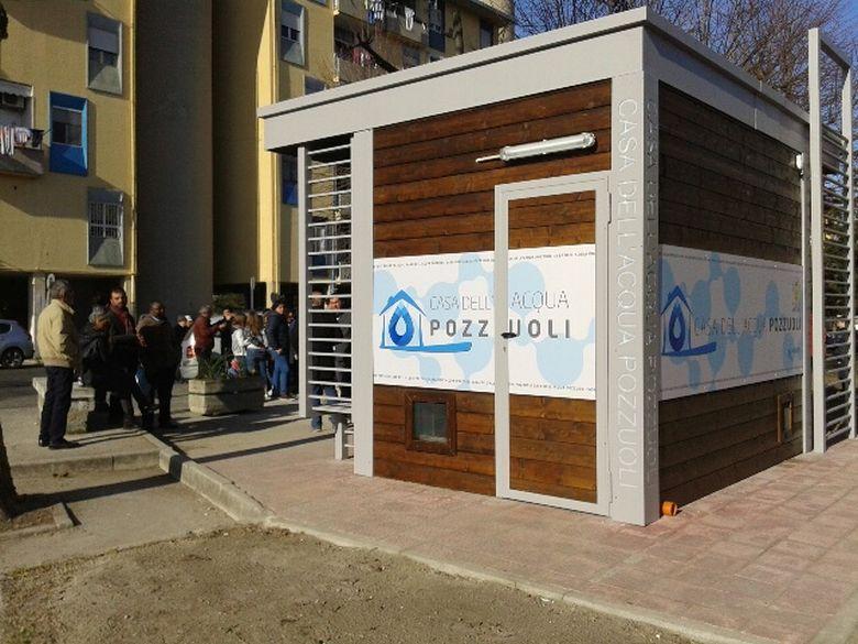 Pozzuoli inaugurata la prima casa dell acqua comunale for Casa comunale