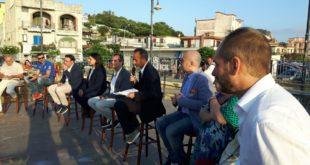 I sindaci in villa a Bacoli per Josi Della Ragione. Le interviste video