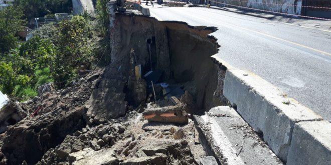 Via Torregaveta. Un muro di cemento per contenere la frana