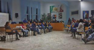 Assemblea pubblica per via Torregaveta le interviste. Video