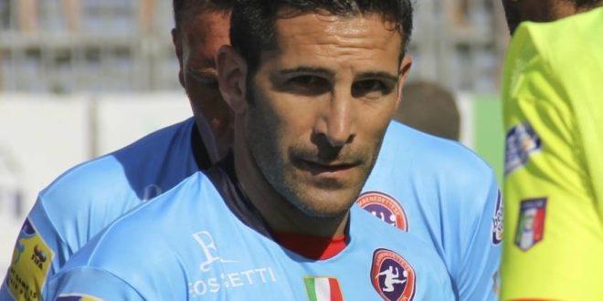 Lo chiamano El Pistolero.. è Franco Palma che attraverso i suoi gol porta in alto il MONTEDIPROCIDA CALCIO
