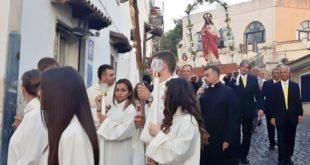 Processione della Parrocchia di Torregaveta 2017. Video e Foto