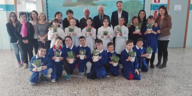"""""""Giornata Fantastica"""" per gli alunni della classe quarta Corricella del Circolo Didattico Monte di Procida."""