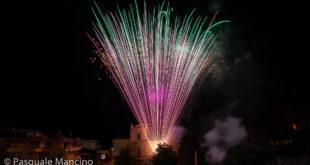 Festa Sant'Antonio, video e foto dello spettacolo pirotecnico in villa Matarese