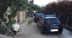 Monte di Procida, arrestati 4 rom dopo inseguimento dei carabinieri nelle campagne montesi