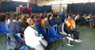 Teresa Coppola. Incontro sull'elettromagnetismo con gli studenti della Vespucci.Video