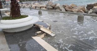 Monte di Procida. danni della mareggiata a Acquamorta. Foto e Video