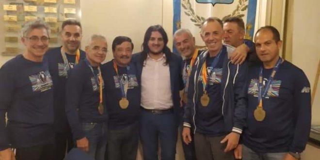 Bacoli.Il sindaco premia i maratoneti di New York