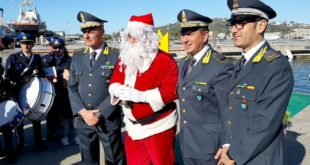 Miseno. La Festa di Natale della Guardia di Finanza. L'intervista al col. Salvatore Pitirollo. Video