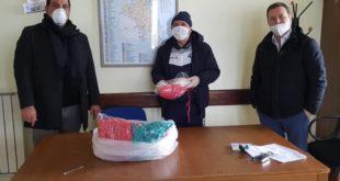 Bacoli. Fratelli d'Italia consegna 350 mascherine ai servizi sociali