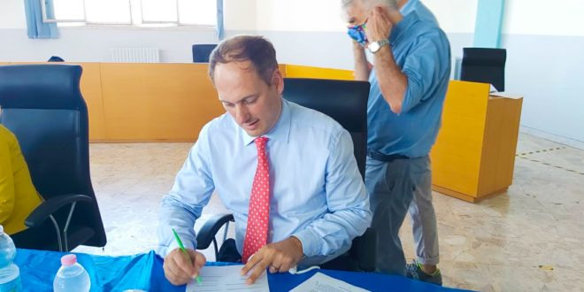Firmato lo Schema di Accordo Istituzionale per Torrefumo. La soddisfazione del Sindaco Pugliese