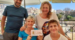 Turisti piemontesi derubati a Pozzuoli ospitati dal Comune.