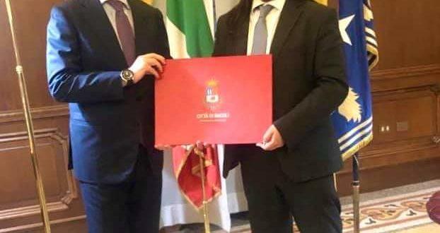 Il sindaco di Bacoli Josi Della Ragione incontra a Roma il ministro Guerini.