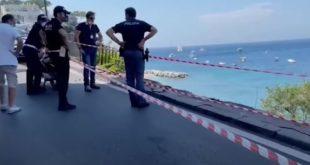 Video Capri. Un minibus precipita e cade nei pressi di un lido. il conducente morto e 28 feriti. Le condoglianze dal sindaco di Monte di Procida