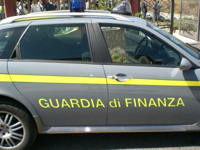 Contrabbando. La Guardia di Finanza di Baia sequestra quattromila litri di gasolio
