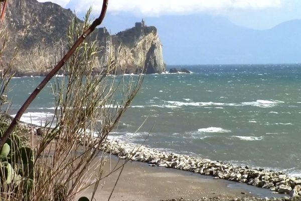 Unico posto per andare al mare - Recensioni su Capo Miseno ...