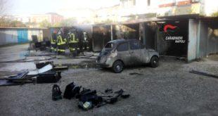 Box auto incendiati a Bacoli. Arrestato un commerciante  51enne