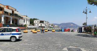 Marina Grande è di nuovo isola pedonale multe e carri attrezzi in azione.