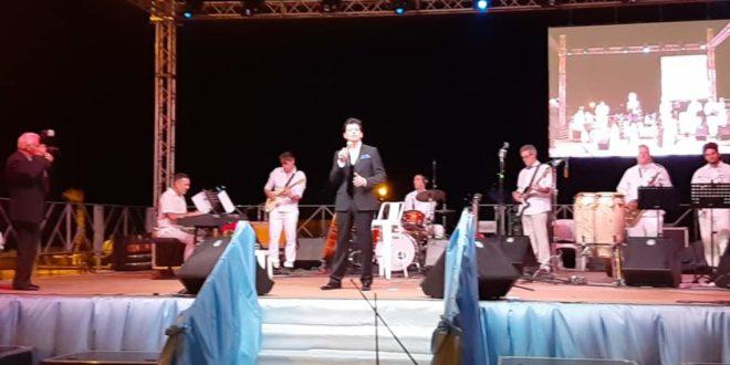 Video, Patrizio Buanne ad Acquamorta, il concerto e le interviste