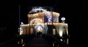 Fusaro. I Mercatini di Natale al Parco Vanvitelliano. intervista al sindaco Josi Della Ragione. Video