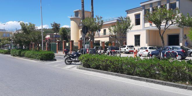 Torna sabato il mercato a Bacoli. Si svolgerá in strada nei pressi dellaVilla Comunale.