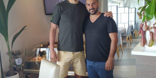 Il giocatore del Napoli  Llorente a pranzo al ristorante Pupa di Bacoli.