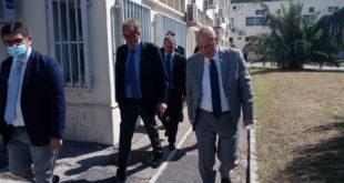 """Il prefetto Valentini in visita a Pozzuoli: """"Doveroso conoscere le realtà del territorio""""."""