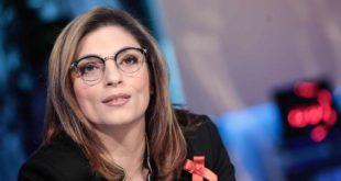 A Bacoli la visita del vice-ministro dell'Economia e Finanze Laura Castelli: incontro con i Sindaci di Bacoli, Monte di Procida e Procida
