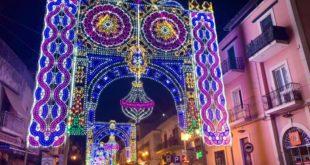 Bacoli. Accese le luminarie di S.Anna per le vie della città.
